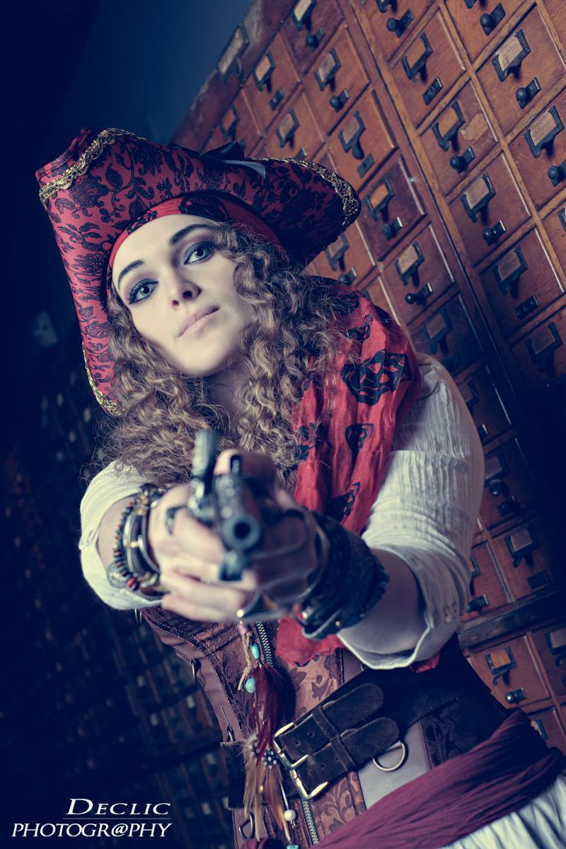Steampunk Girl Pirate