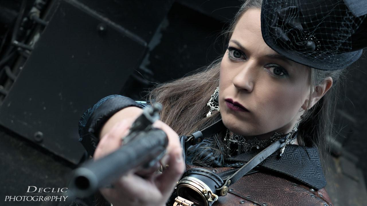 Steampunk Gun Lady
