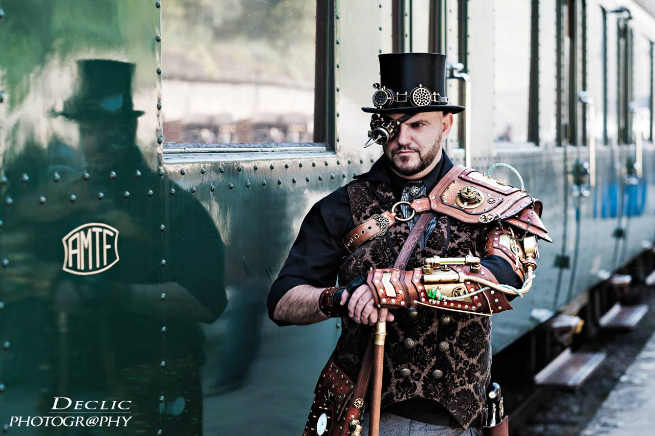 Steampunk Gentleman Train