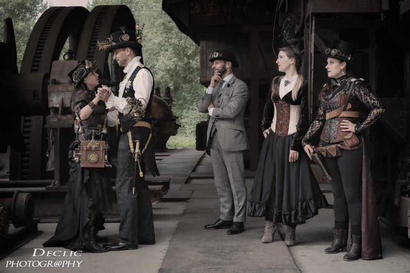 Steampunk dance people
